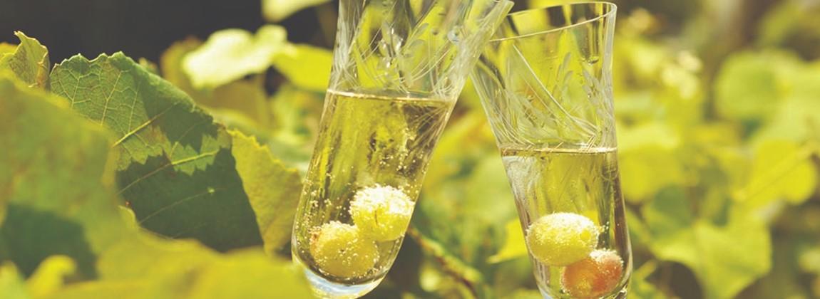 Uvas em taças.